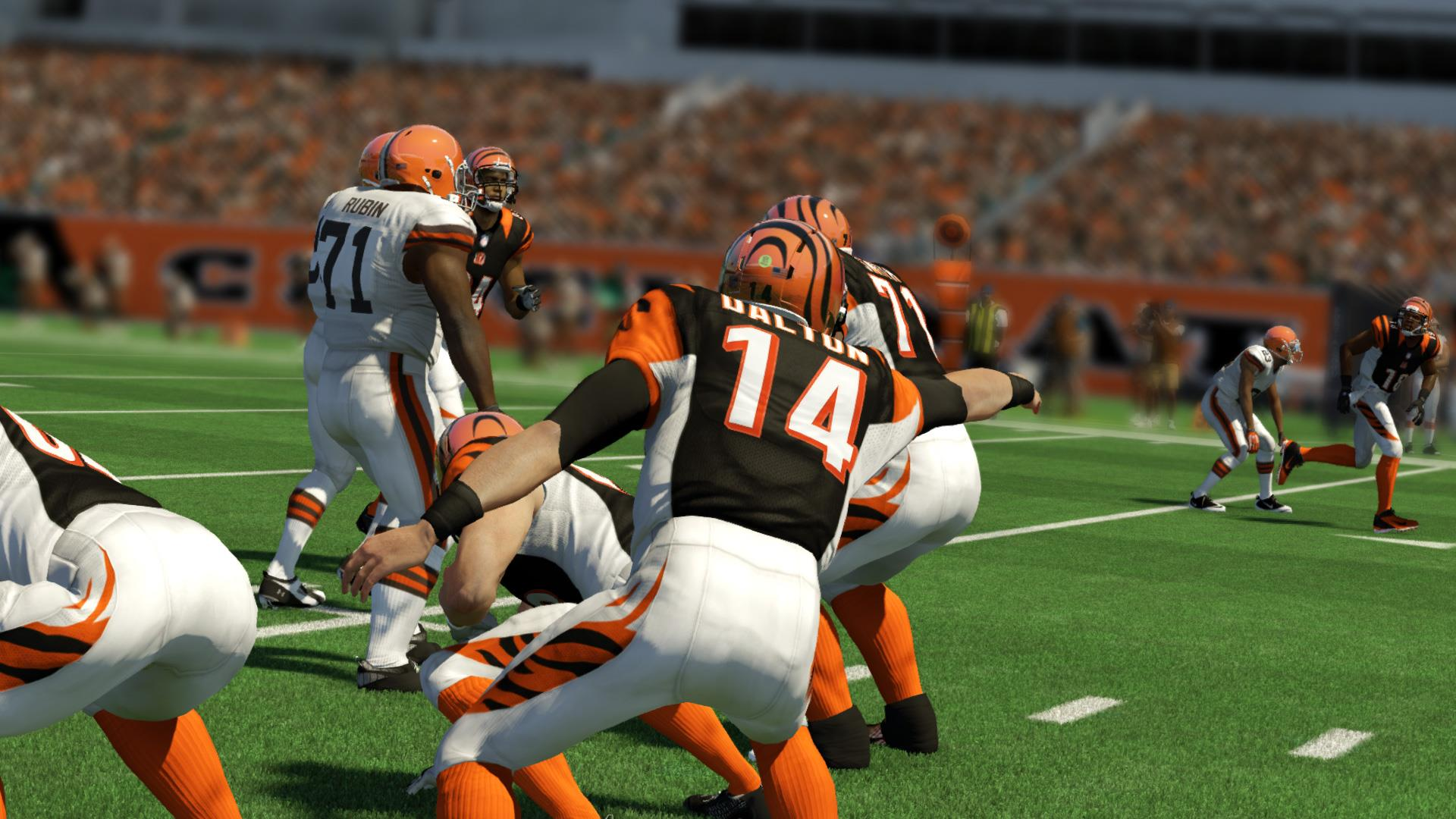 On the Ball in Madden NFL 25 (Xbox One)